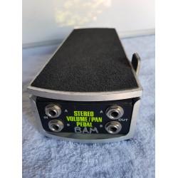 Ernie Ball 6165 Stereo Volume/Pan Pedal