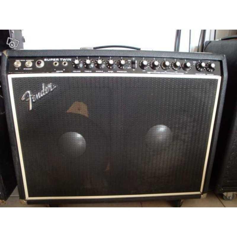 Fender - Super Twin Reverb