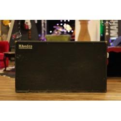 Fender Rhodes - Suitcase - Cabinet - 73/FR7710 | Boite à musique - Location