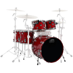 DW - Performance Series - Candy Apple Red - Kick 22""