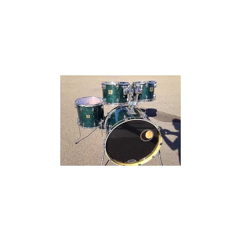"Yamaha - Oak Custom - Blue Oak Ridge - Kick 20""   Boite à Musique rental"