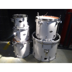 Yamaha Beech Custom White Drums