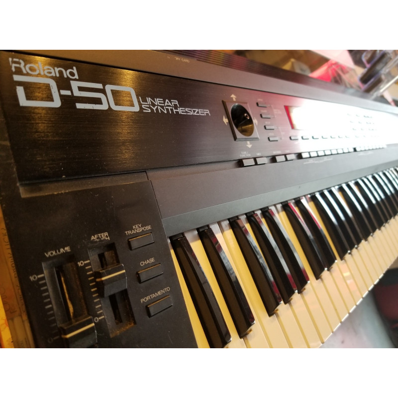 Roland D-50 Linear Synthetizer