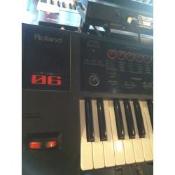 Roland - FA 06