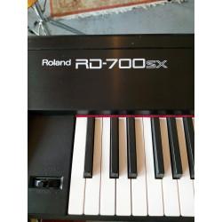 Roland - RD 700SX